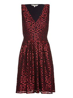 Red Lace Party Dress With Sequins