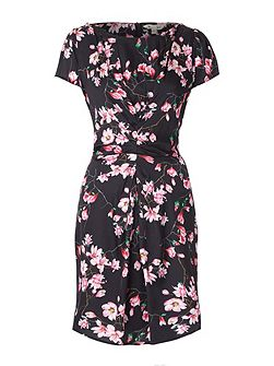 Floral Print Short Sleeve Shift Dress