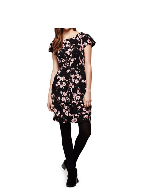 Yumi Floral Print Short Sleeve Shift Dress