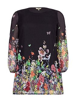 Yumi Curves Floral Long Sleeve Tunic Dress