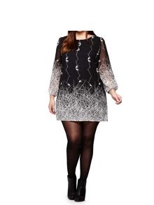 Yumi Curves Printed Tunic Dress