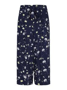 Yumi Floral Crop Trousers