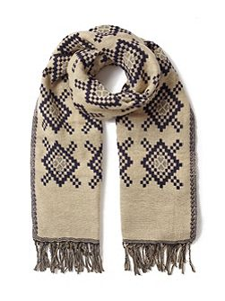 Diamond Jacquard Scarf