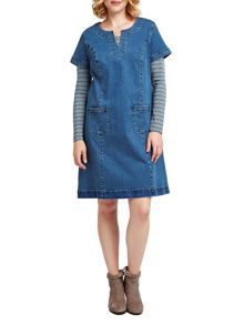 East Pocket Detail Denim Dress