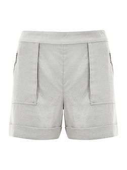 Dove Patch Pocket Short