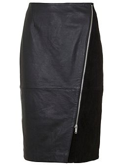 Black Leather Diagonal Zip Pencil Skirt