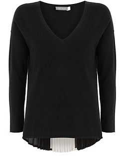 Black Pleat Back V-Neck Knit