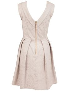 V back collar jacquard dress