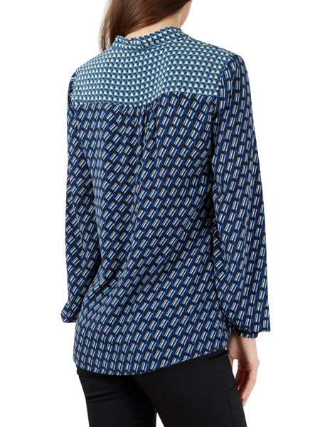 Closet Pussy Bow Long Sleeved Blouse