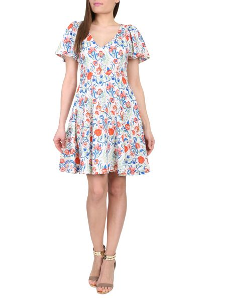 Cutie Flared short sleeves dress