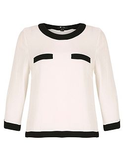 Monochrome long sleeve top
