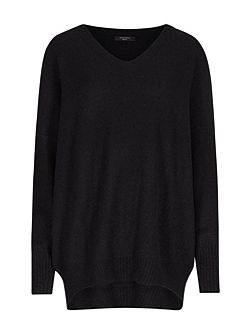 Alpha V-Neck Jumper