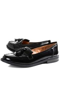 Tassle detail patent loafers
