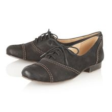 Naturalizer Lonnie lace up shoes