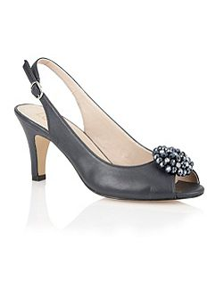 Fascination peep toe shoes