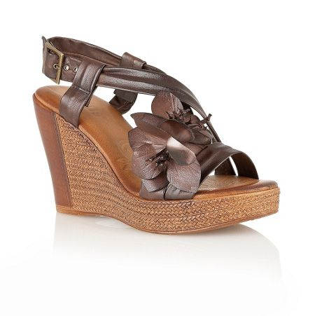 Lotus Buenos casual sandals