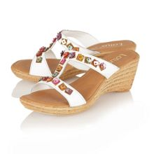 Comiso casual sandals