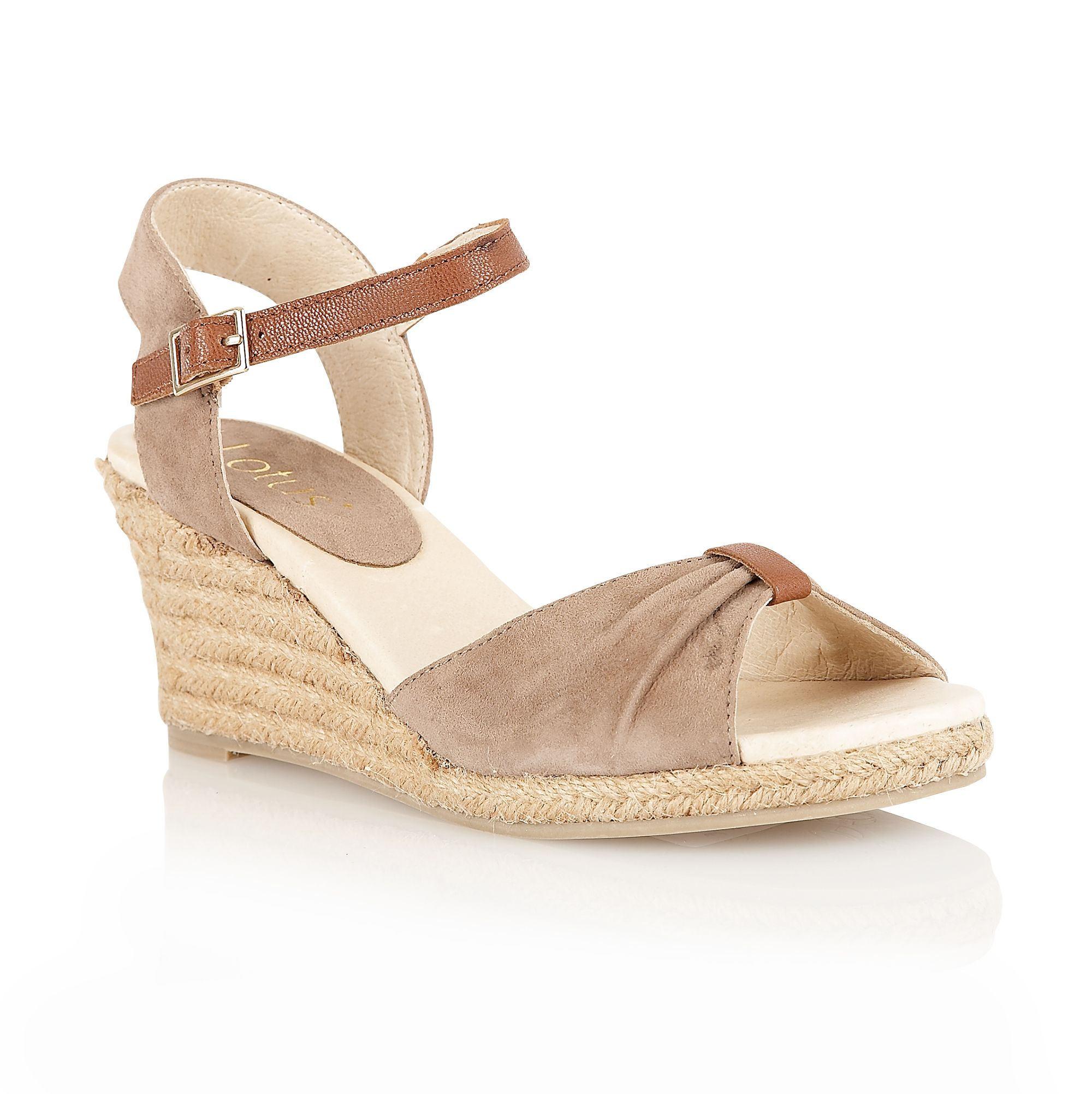 Avoca casual sandals