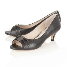Beth formal shoes