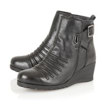 Division ankle boots