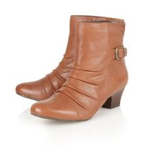 Barren ankle boots