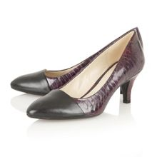 Naturalizer Gusta court shoes