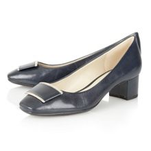 Naturalizer Faulkner court shoes