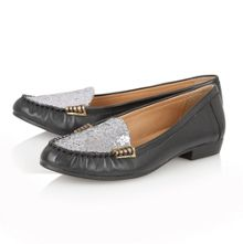 Everly flat shoes