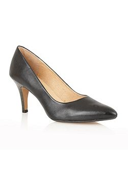 Drama high heel court shoes