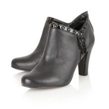 Tempest boot shoes