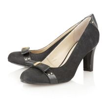 Gweny high heel court shoes