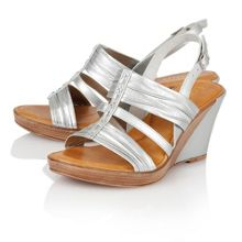 Chilivani wedge sandals