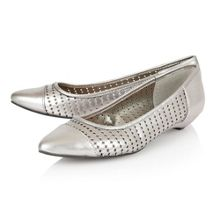 Lotus Diamond flat shoes