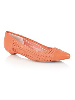 Diamond flat shoes