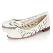 Lotus Bellana round toe shoes