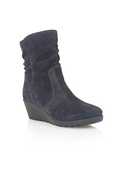 Taxus ankle boots