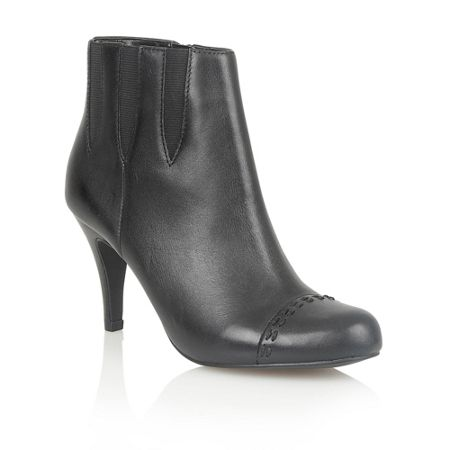Lotus Bea ankle boots