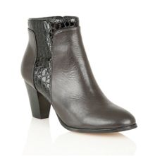Lotus Lorny ankle boots