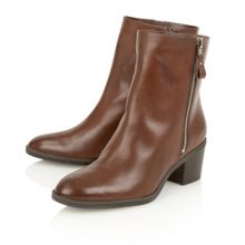 Naturalizer Harding ankle boots