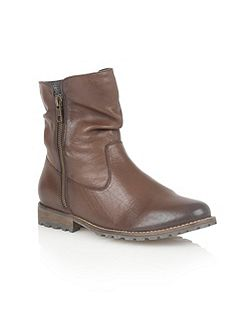 Lorie ankle boots