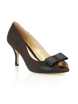 Lotus Jelena court shoes
