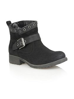 Tayvonne ankle boots