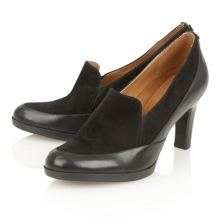 Naturalizer Angie court shoes