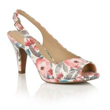 Naturalizer Truely peep toe courts
