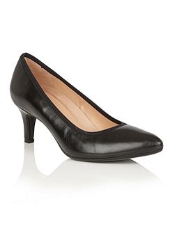 Oath court shoes