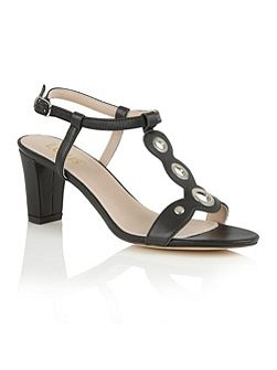 Noa open toe t-bar sandals