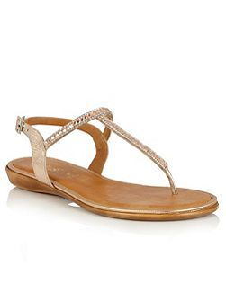Reginan toe post sandals