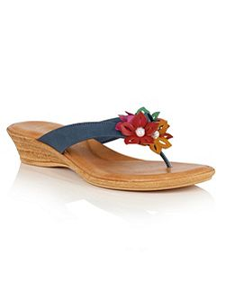 Eula toe post sandals