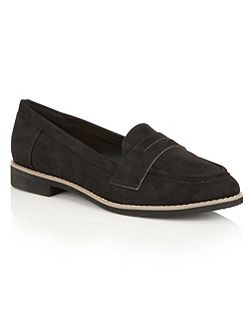 Alyssia loafers