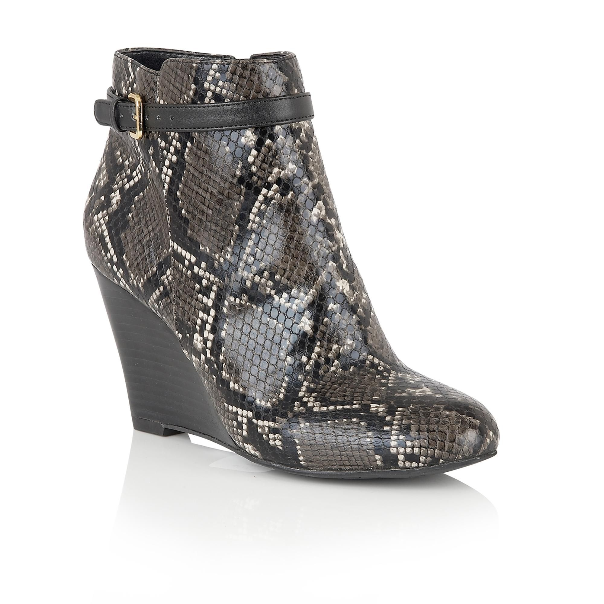 Lotus Aiken animal print shoe boots Black